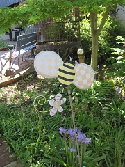 Summer Bee.Sandy Baker yard