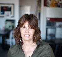 Leslie Larson (2)